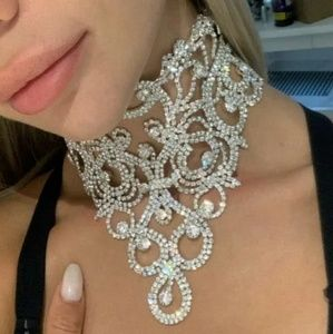 Jewelry - Silver Crystal Choker